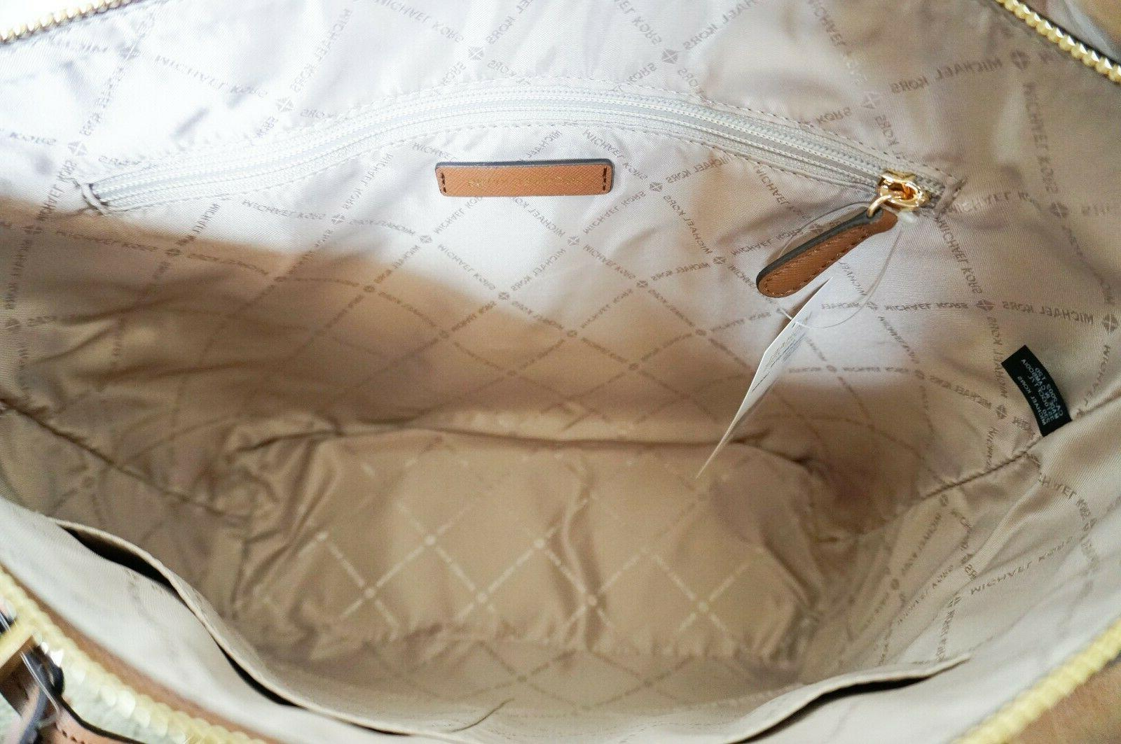 TOP ZIP SAFFIANO LEATHER TOTE BAG