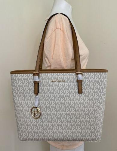 Michael Jet Travel Carryall in Vanilla