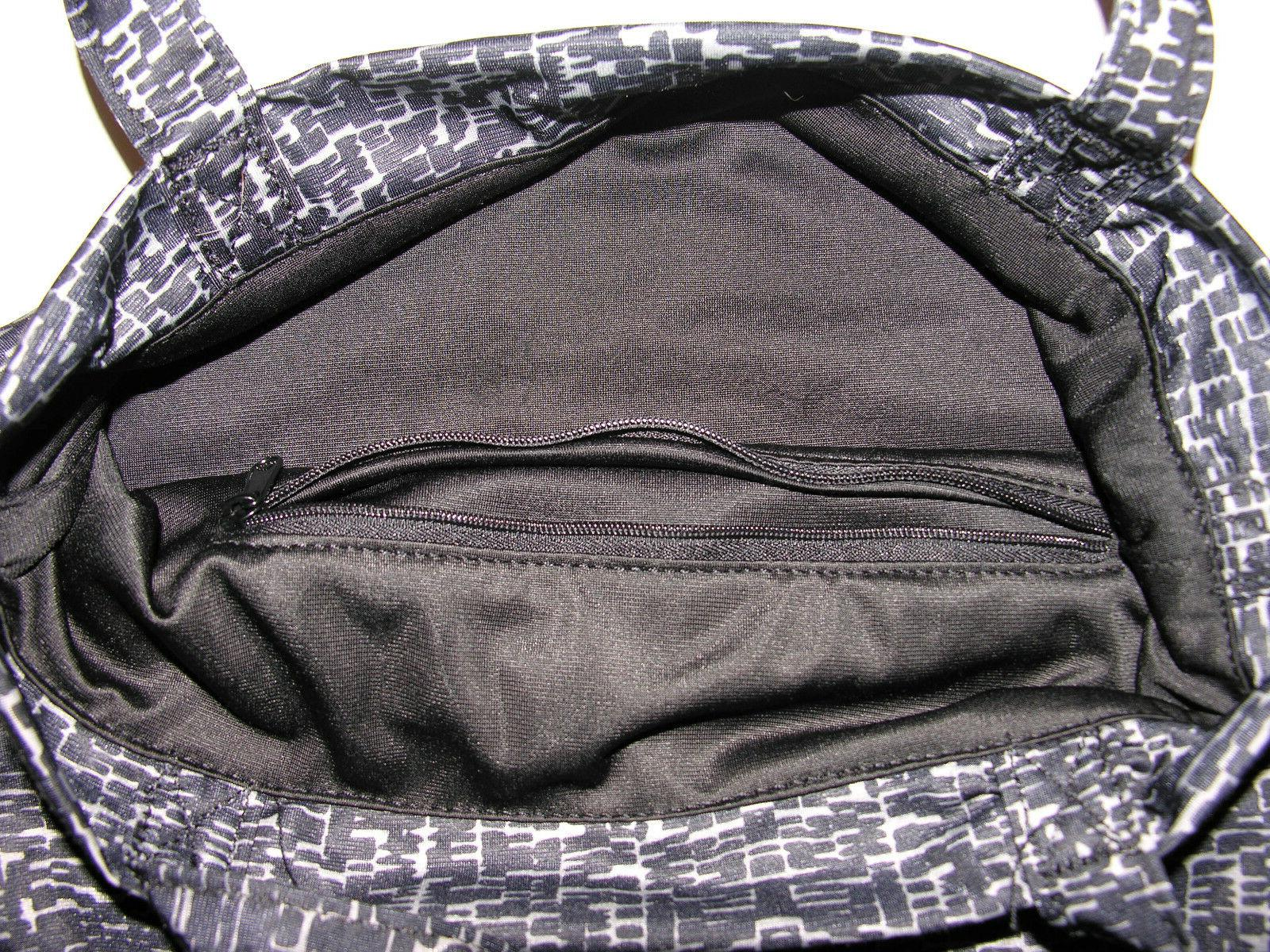 NWT Shoulder Carry Priced Sell!