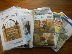Lot of 8 Purse Tote Bag Backpack Sewing Patterns